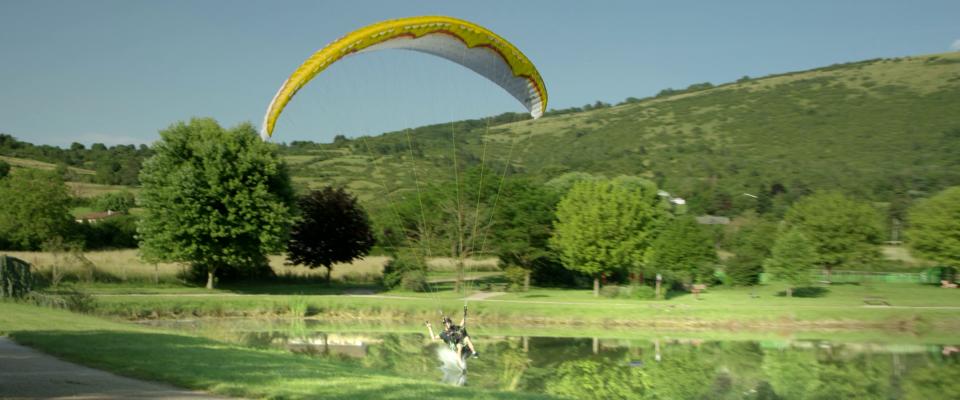 Film touristique le Revermont Ain Bourg-en-Bresse Parapente
